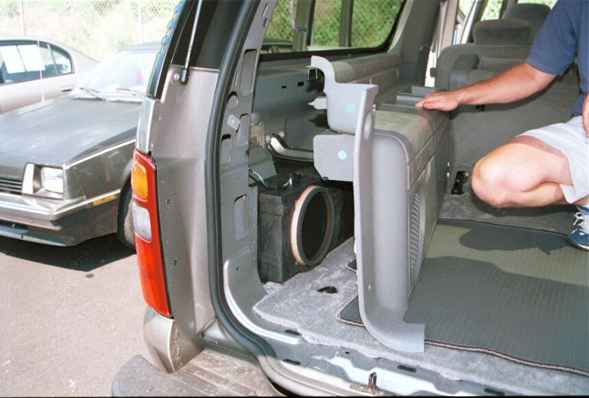 How to install new audio gear in your 2000 2006 chevrolet for 04 chevy silverado door speakers