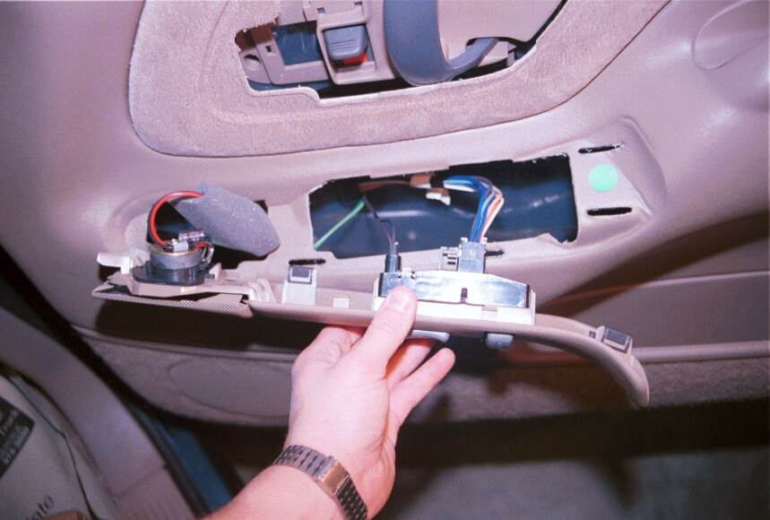 How To Upgrade The Stereo And Speakers In Your 1995 1999