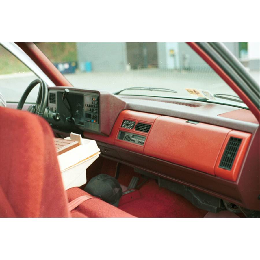 1990 Chevrolet Cheyenne Factory Radio