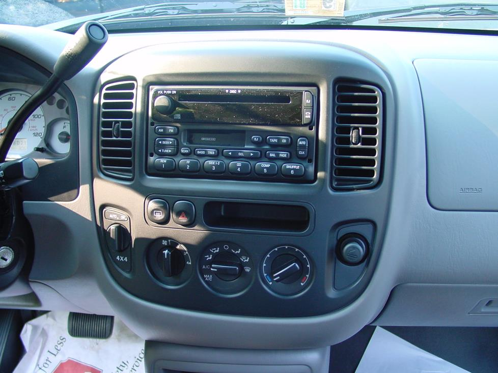20012007 Ford Escape And Mercury Mariner Car Audio Profilerhcrutchfield: 2006 Ford Escape Touch Screen Radio At Gmaili.net
