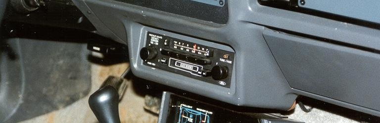 1986 Ford Mustang Factory Radio