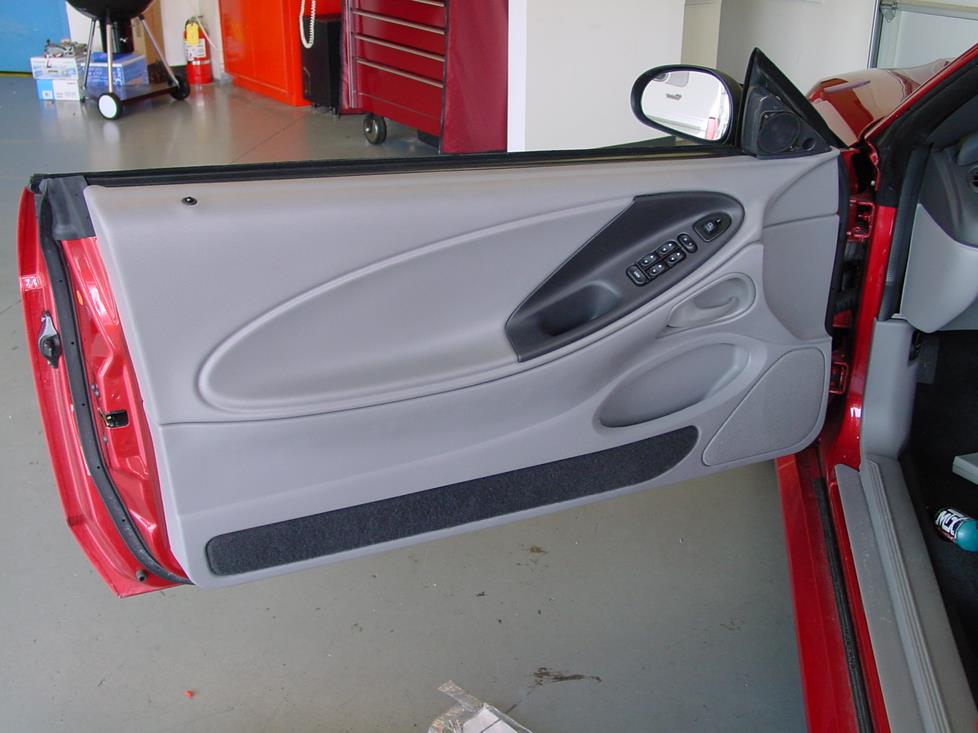 Ford Mustang convertible front door