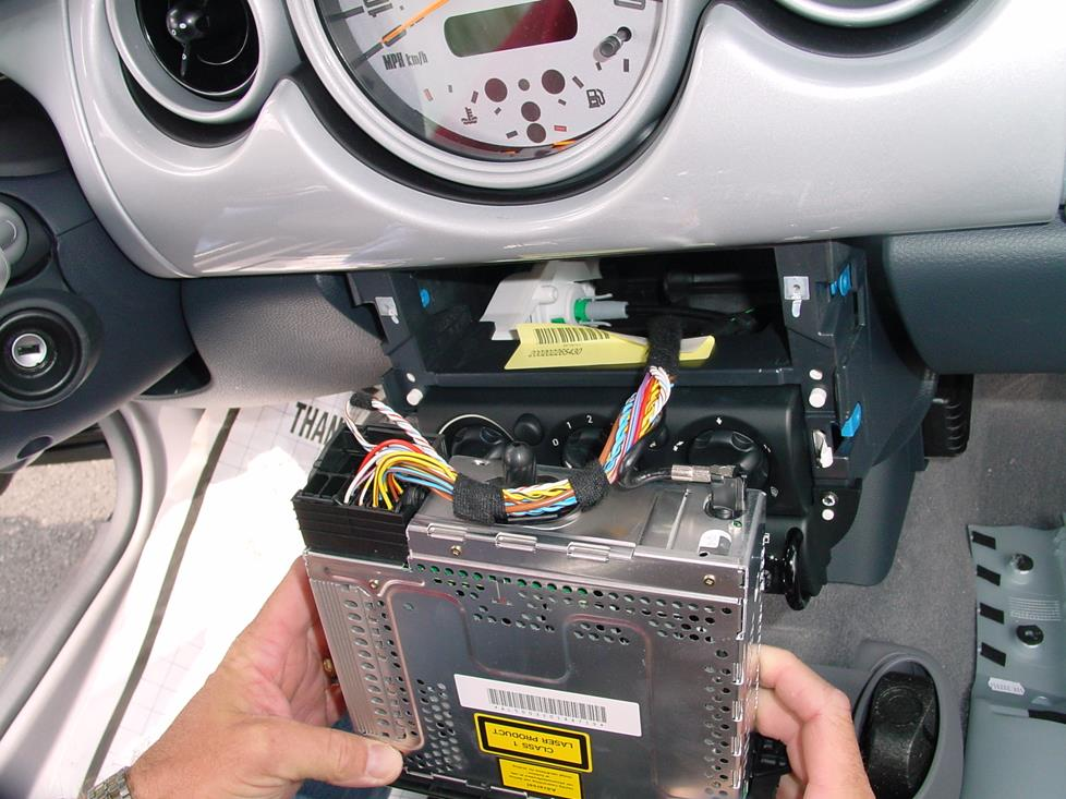 radiowiring 2002 2006 mini cooper hatchback car audio profile mini r56 stereo wiring diagram at gsmx.co