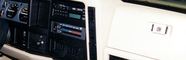 1987 Jeep Cherokee Factory Radio