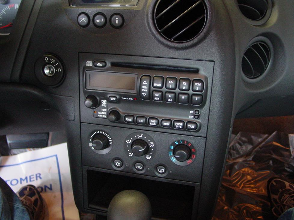 Pontiac Grand Prix Monsoon radio
