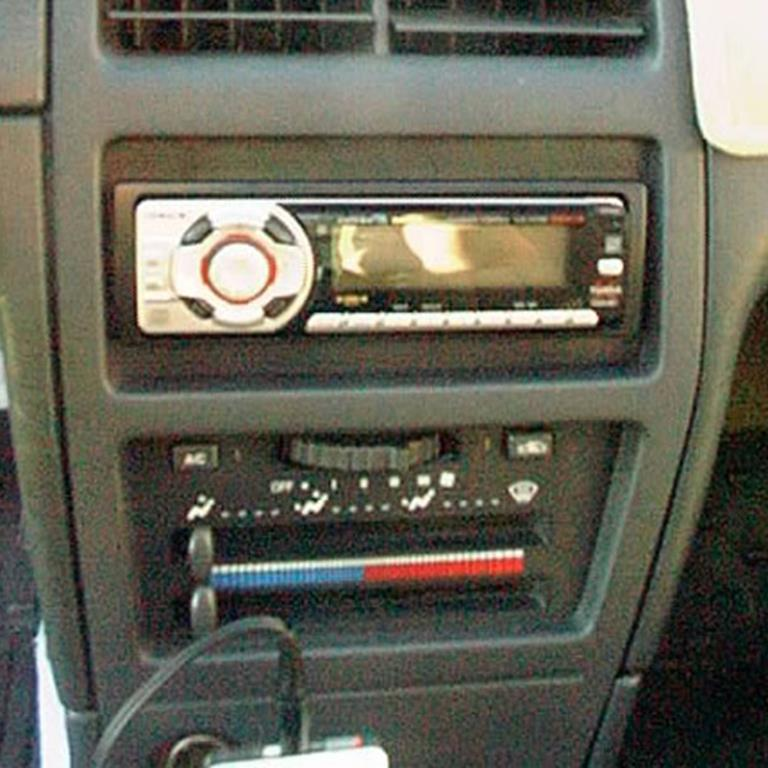 6 saturn car audio radio, speaker, subwoofer, stereo  at edmiracle.co