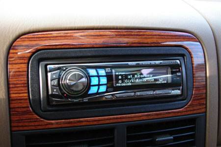 >Alpine 9857 headunit with Full Speed iPod controls