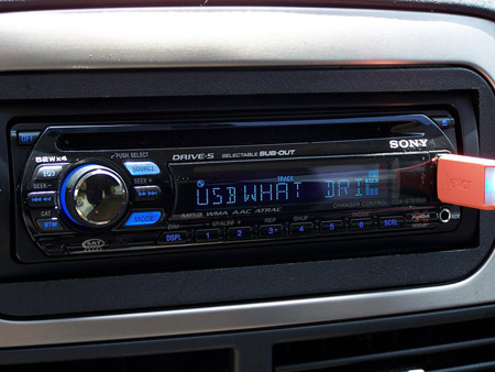 USB port on a head unit should have been done a loooong time ago.