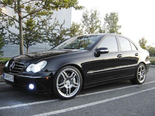 Robert lee 39 s 2004 mercedes benz c230 kompressor sport sedan for Mercedes benz c230