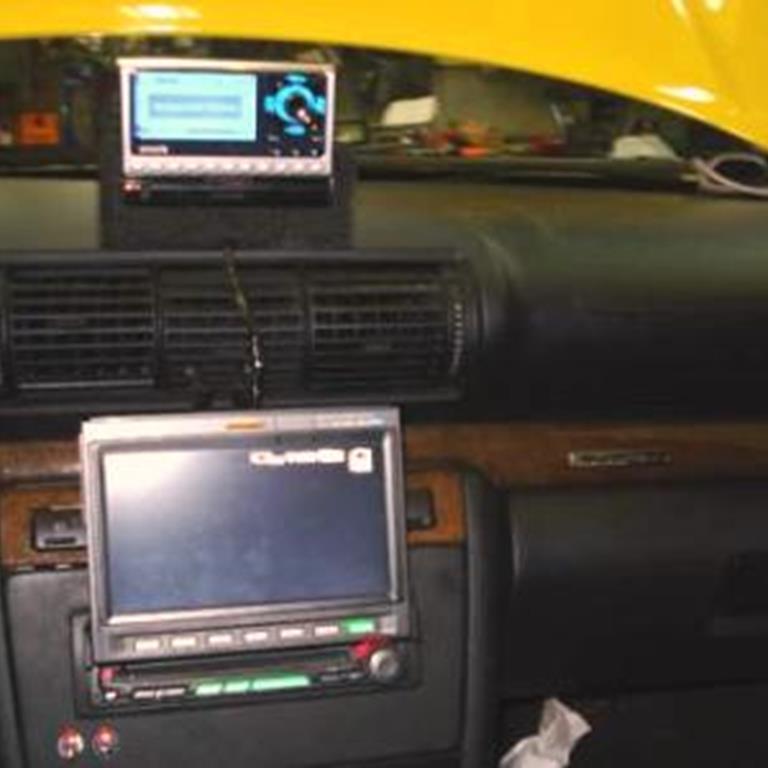 Audi Car Audio Radio Speaker Subwoofer Stereorhcrutchfield: 2001 Audi S8 Aftermarket Radio At Gmaili.net