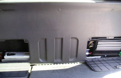 CHA-S634 and MRP-F250 installed behind rear seat