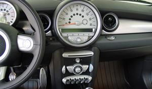 2010 MINI Clubman Factory Radio