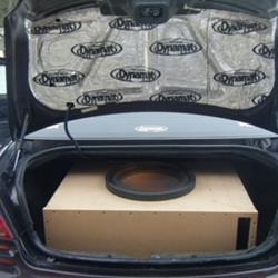Trunk View dodge stratus audio radio, speaker, subwoofer, stereo  at nearapp.co