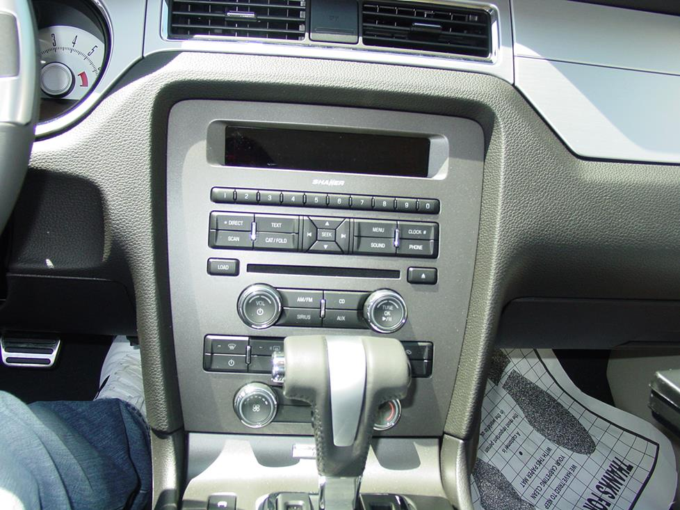 Ford Mustang factory radio