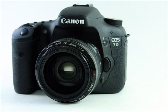 Canon ES 7D with optional lense