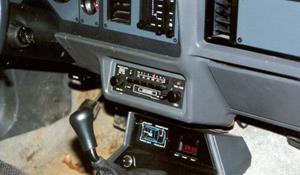 1985 Ford Mustang Factory Radio