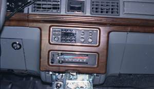 1988 Ford LTD Crown Factory Radio