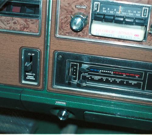 1977 Mercury Grand Marquis Factory Radio