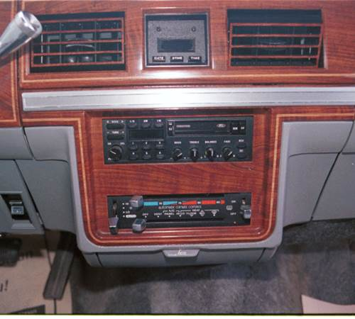 1979 Mercury Colony Park Factory Radio