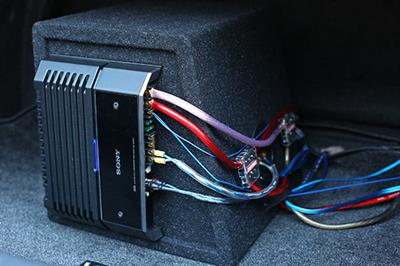 Sony amplifier and wiring