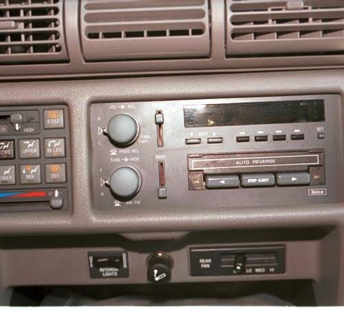 1996 Pontiac Transport Factory Radio