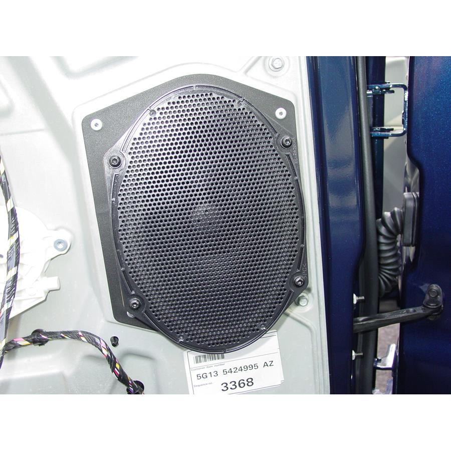 2007 Ford Five Hundred Rear door speaker