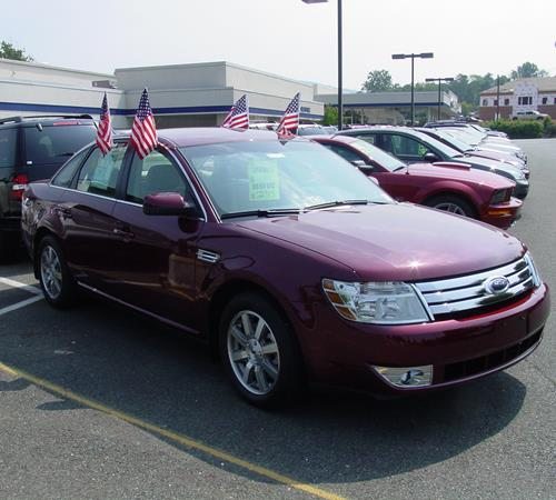 2008 Ford Taurus - find speakers, stereos, and dash kits that fit