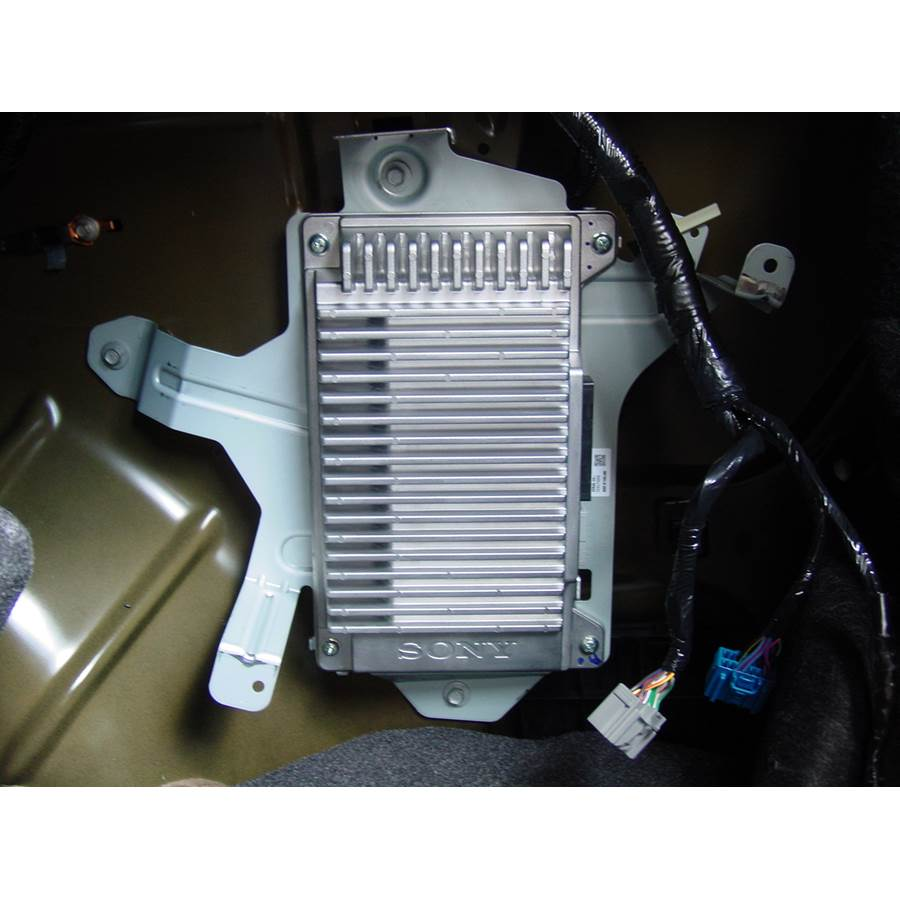2010 Ford Fusion Factory amplifier