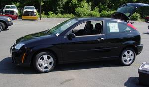 2005 Ford Focus ZX3 Exterior