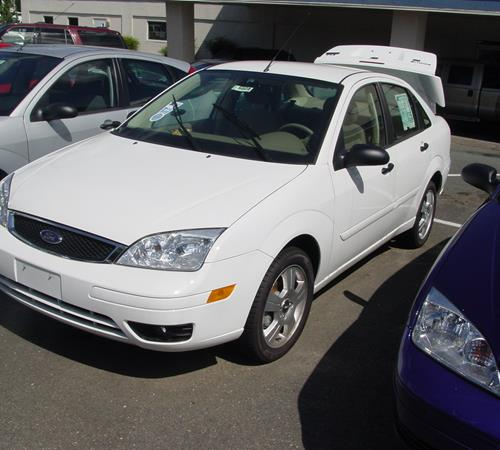 2007 Ford Focus ZX4 Exterior