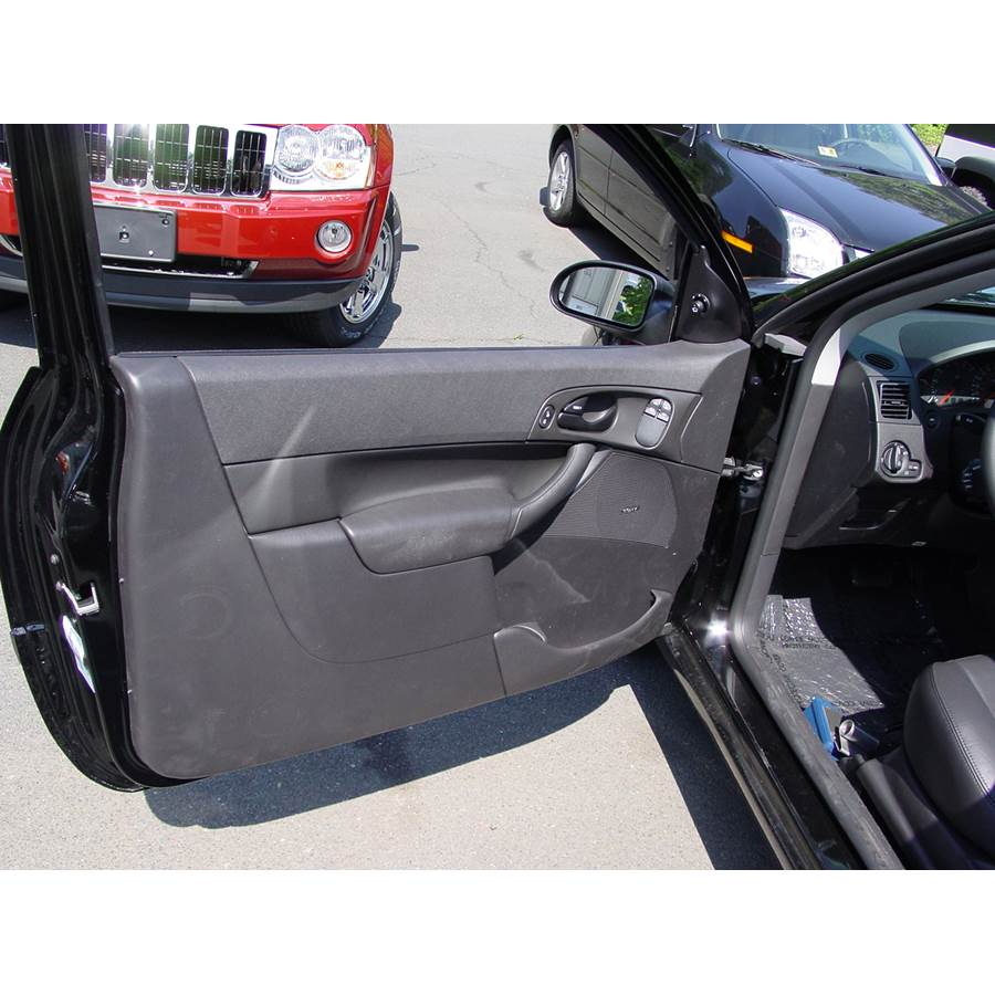 2006 Ford Focus ZX3 Front door speaker location