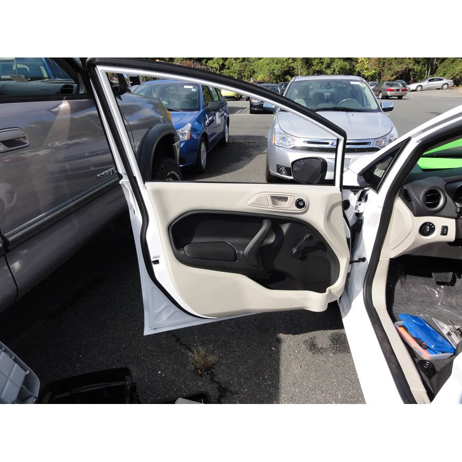 2012 Ford Fiesta Front door speaker location