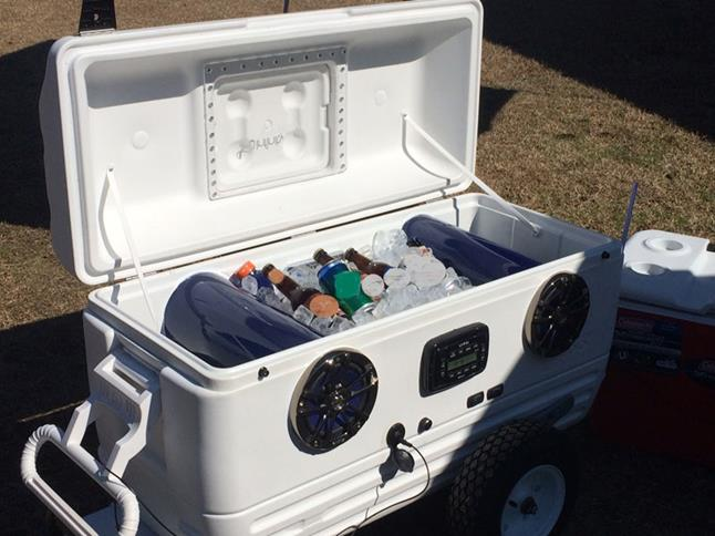 Super-cooler with drinks