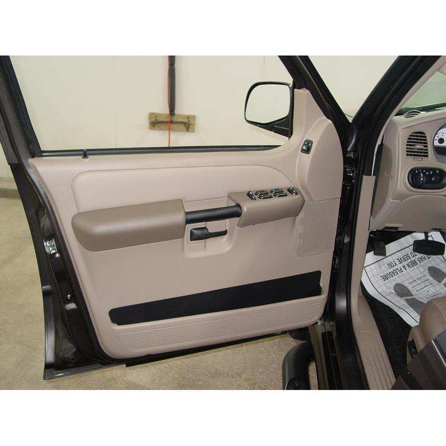 2004 Ford Explorer Sport Trac Front door speaker location