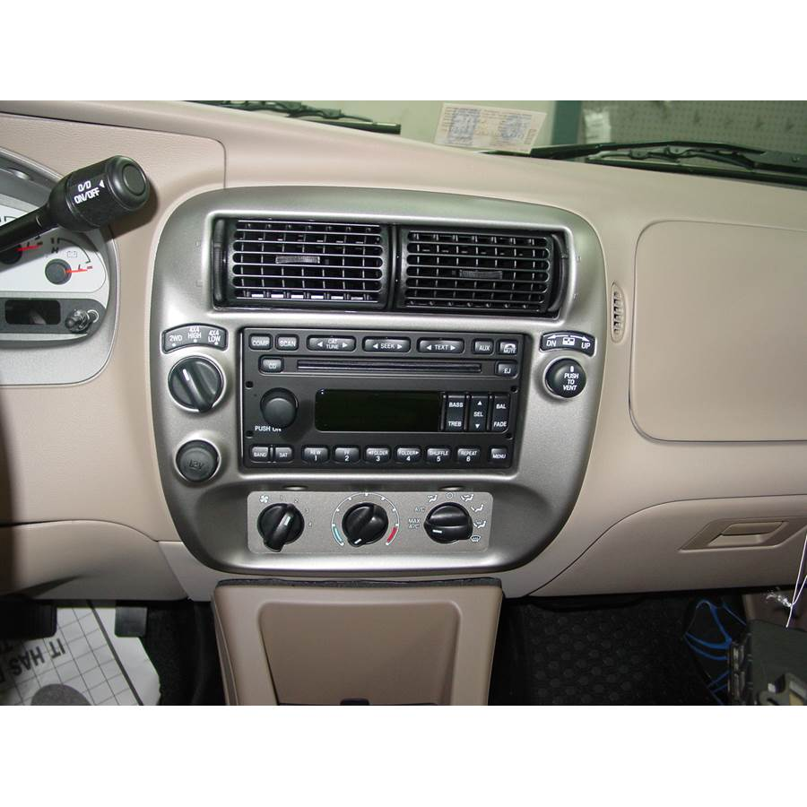 2004 Ford Explorer Sport Trac Factory Radio