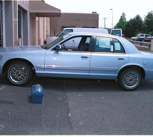 2000 Ford Crown Victoria Exterior