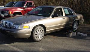 2005 Ford Crown Victoria Exterior
