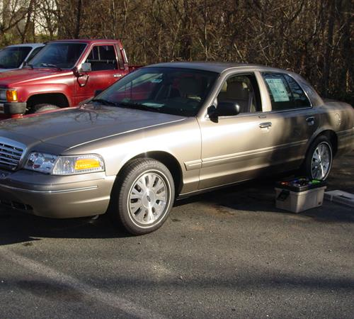 2003 Ford Crown Victoria Exterior