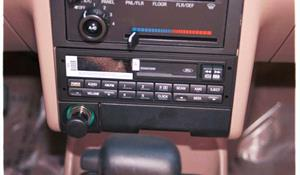1991 Ford Escort Pony Factory Radio
