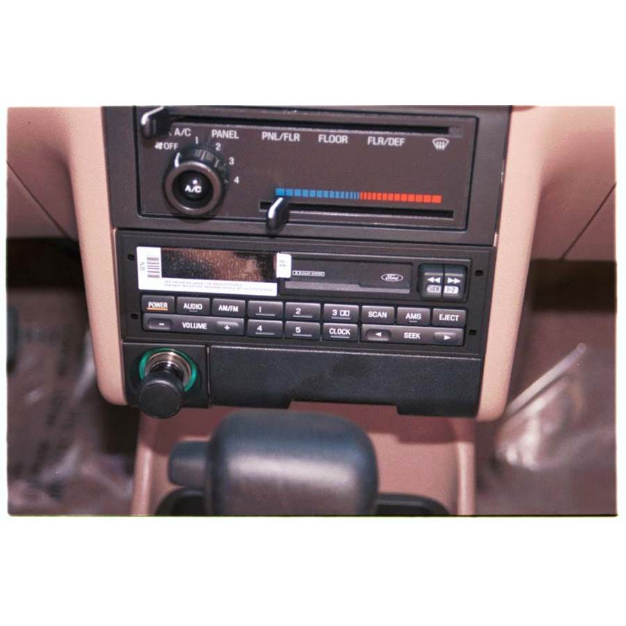 1992 Ford Escort Factory Radio