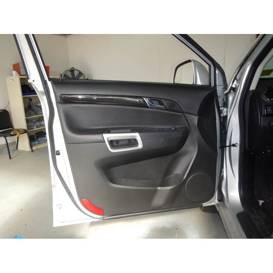2014 Chevrolet Captiva Sport Front door speaker location