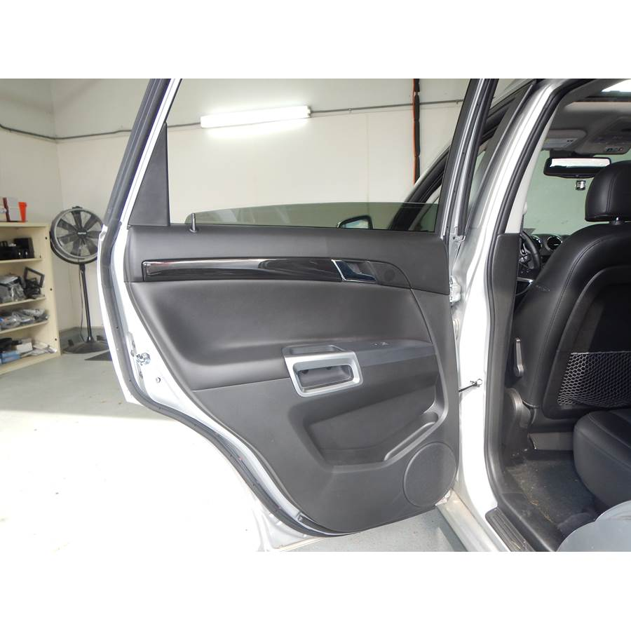 2014 Chevrolet Captiva Sport Rear door speaker location