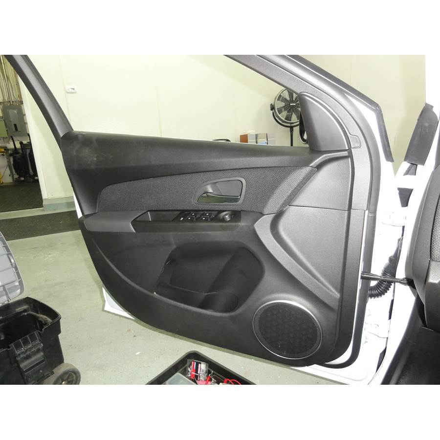 2014 Chevrolet Cruze Front door speaker location