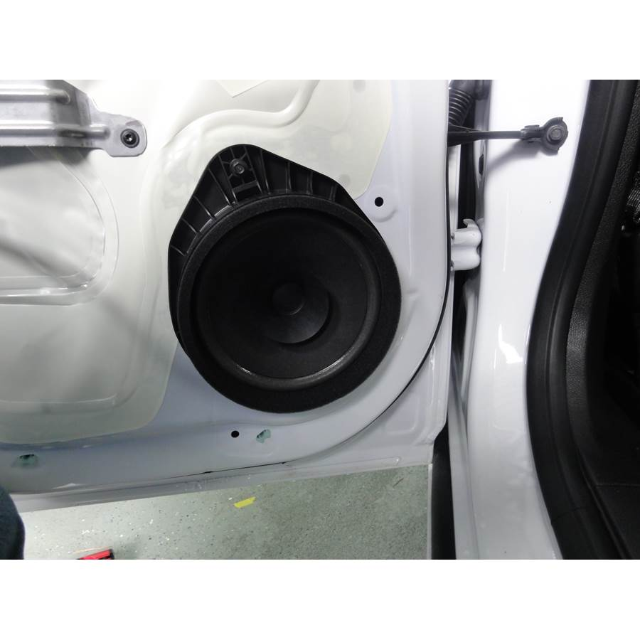2014 Chevrolet Cruze Rear door speaker