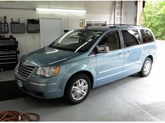 2008-2016 Chrysler Town & Country minivan