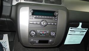 2014 Chevrolet Suburban Factory Radio