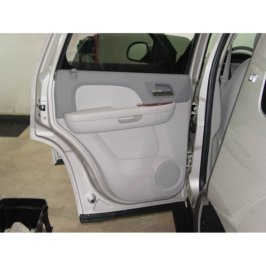 2007 Cadillac Escalade ESV Rear door speaker location