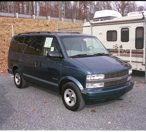 1998 GMC Safari Exterior