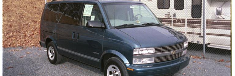 2002 GMC Safari Exterior