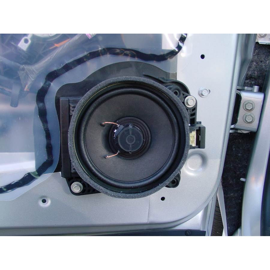 2004 Chevrolet Venture Front door speaker